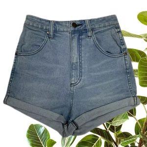Wrangler Size 9 Pin Up High Waisted Cuffed Shorts
